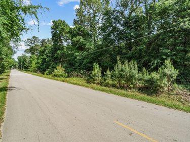 2048 Creekwood Drive, Splendora, TX, 77372,
