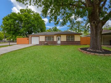 6646 Lodge Street, Houston, TX, 77092,