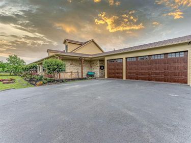 315 E Canal Road, Highlands, TX, 77562,