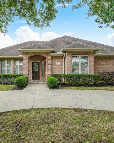 38 Englewood Court Montgomery, TX, 77356