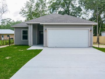 1011 S Franklin, Cleveland, TX, 77327,
