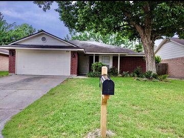 2311 Sherwood Hollow Lane, Houston, TX, 77339,