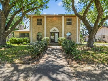 212 Palm Aire Drive, Friendswood, TX, 77546,