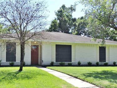 17102 Bougainvilla Lane, Friendswood, TX, 77546,