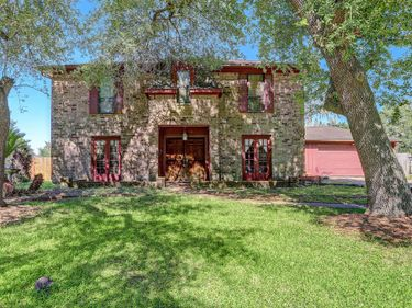 709 Tanglewood Drive, Friendswood, TX, 77546,