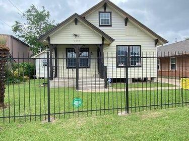 1305 Munger Street, Houston, TX, 77023,