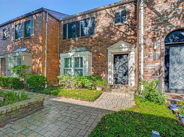 6425 Burgoyne Road, Houston, TX, 77057,