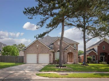15530 Valley Creek Drive, Houston, TX, 77095,
