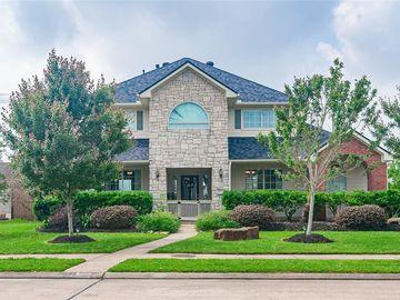 950 Mystic Village Lane, Seabrook, TX, 77586,