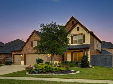 28011 Twin Knolls Lane, Fulshear, TX, 77441,