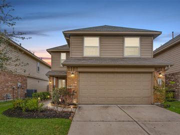 11815 Red Hummingbird Drive, Houston, TX, 77047,