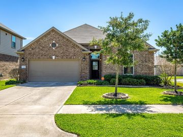 15618 Carberry Hills Court, Houston, TX, 77044,