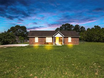 25 County Road 2208 1, Cleveland, TX, 77327,