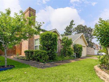 12719 Skyknoll Lane, Houston, TX, 77082,