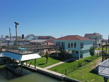 3815 Brewster Key, Galveston, TX, 77554,