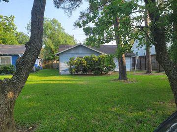 4921 Chestnut Street, Bellaire, TX, 77401,