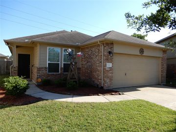 9606 Briartrace Court, Houston, TX, 77044,