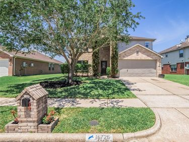 16726 Bending Creek Lane, Friendswood, TX, 77546,