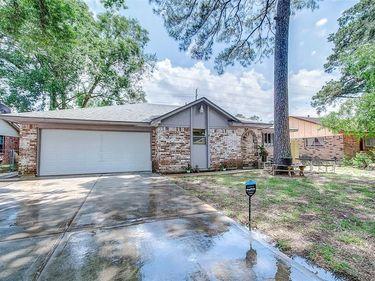 7506 Oak Village Drive, Houston, TX, 77396,