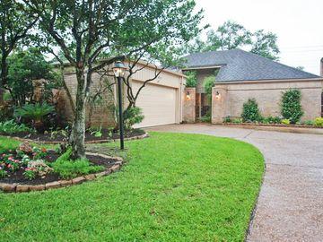 422 Fox Briar Lane, Sugar Land, TX, 77478,