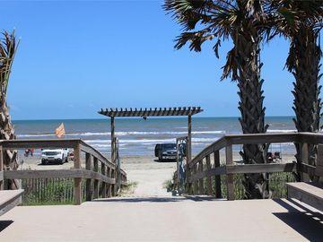 22 Blue Heron Circle, Jamaica Beach, TX, 77554,