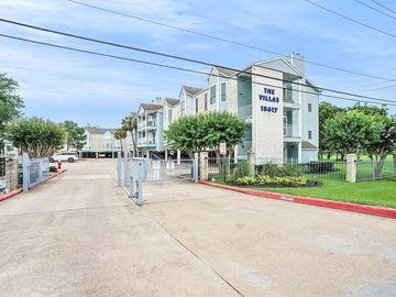 18617 Egret Bay Boulevard #320, Webster, TX, 77058,