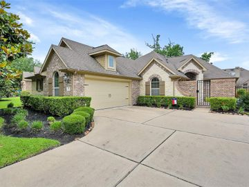 14 Chase Mills Place, Tomball, TX, 77375,