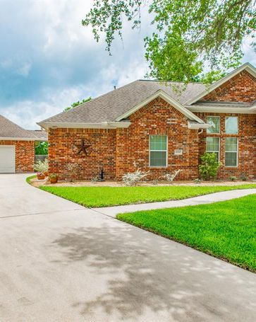 4314 Dover Avenue Santa Fe, TX, 77510