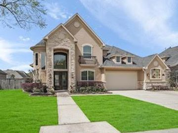 5914 Royal Hill Court, Houston, TX, 77345,