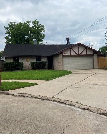 302 Fair Oak Court Stafford, TX, 77477