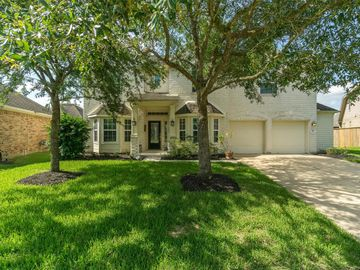 2611 Cliffmont Lane, League City, TX, 77573,