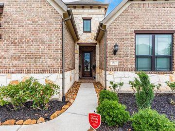 1611 Twin Knolls Lane, League City, TX, 77573,