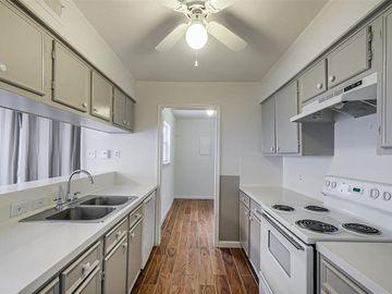 9200 W Bellfort Avenue #4, Houston, TX, 77031,