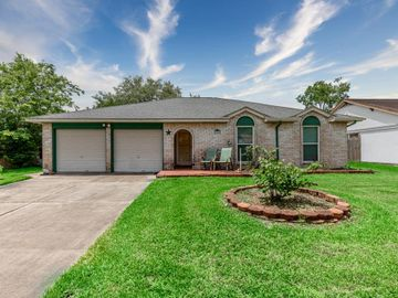 2830 Heritage Bend Drive, Webster, TX, 77598,