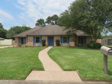 705 Quaker Drive, Friendswood, TX, 77546,