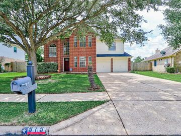 915 Chase Park Drive, Bacliff, TX, 77518,