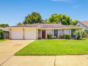 815 Halewood Drive, Houston, TX, 77062,