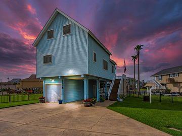 1134 Tiki Drive, Tiki Island, TX, 77554,