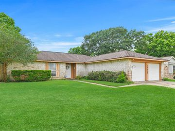 17230 Heritage Bay Drive, Webster, TX, 77598,