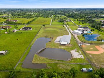 17004 Cowan Road, Alvin, TX, 77511,