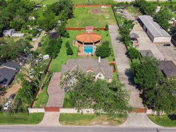 13635 Reeveston Road, Houston, TX, 77039,