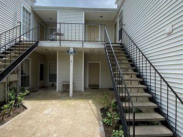 9809 Richmond Avenue #E15, Houston, TX, 77042,