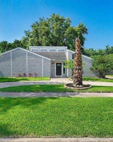 15907 Mill Hollow Drive Houston, TX, 77084
