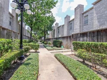 3780 Tanglewilde Street #201, Houston, TX, 77063,