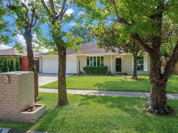 15018 Weil Place, Houston, TX, 77060,