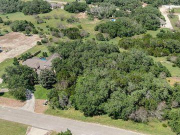 210 Falling Hills, New Braunfels, TX, 78132,