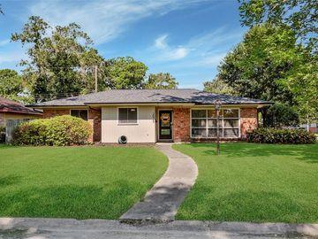 2025 Stillwood Drive, Houston, TX, 77080,