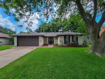 10411 Shell Rock Road, La Porte, TX, 77571,