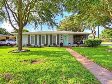 127 Dolphin Avenue, Galveston, TX, 77550,