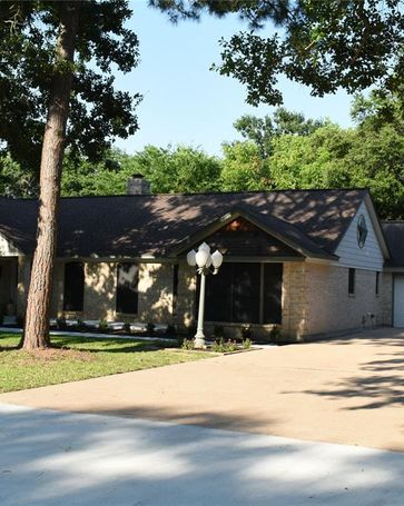 204 S East Road Texas City, TX, 77591
